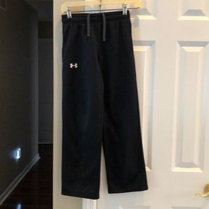 Boys fleece lined dri fit Under Armour Storm pant